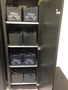 DC6_vymena_baterii_UPS-stojan